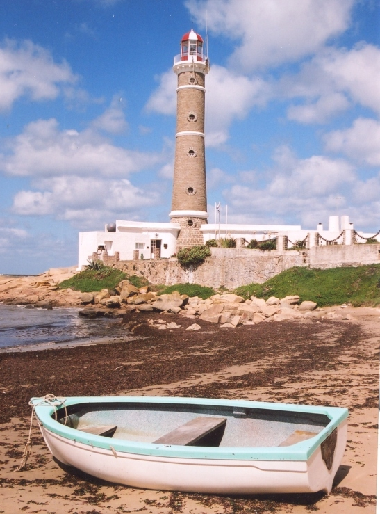 the-lighthouse-at-jose-ignacio