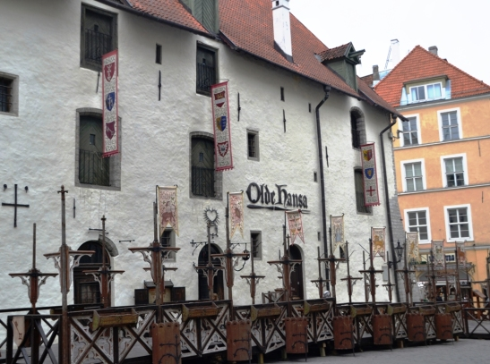the-building-that-houses-olde-hansa-was-once-the-home-of-a-rich-merchant
