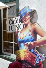 By Cafe Juno loop die Paarliete altyd bekendes raak (2)