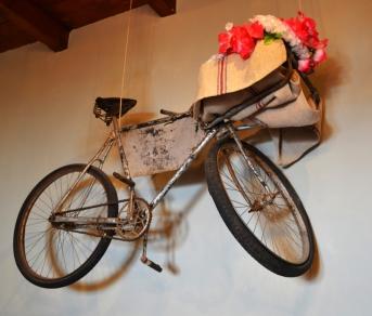 Verken die Paarl tot jy die plek met 'n hangende fiets opspoor (2)