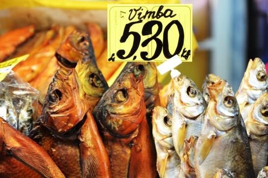 Gedroogde en gesoute vis blyk verskriklik gewild te wees
