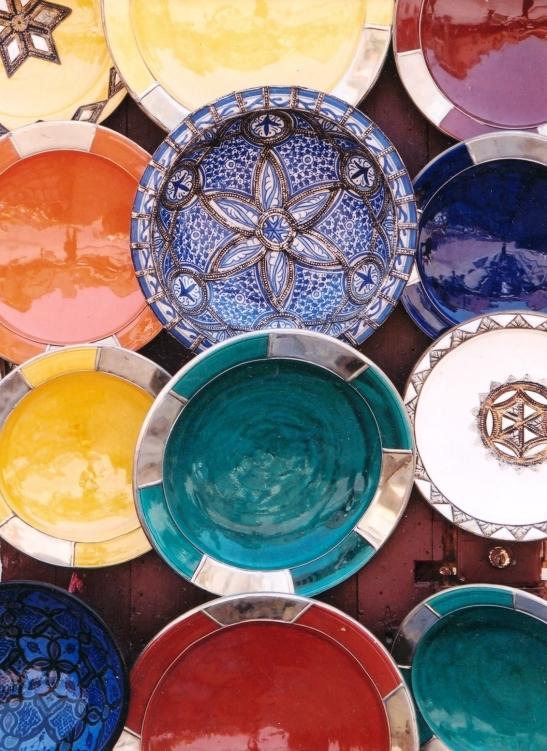 Min mense kom sonder keramiekware terug van Morokko