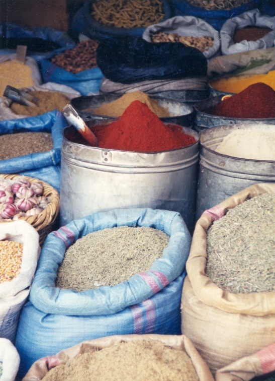 Speserye in oordaad by Marrakesj se speserymark