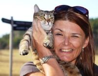 Vicki kan ons eerste (en laaste) Sweedse kat nie weerstaan nie