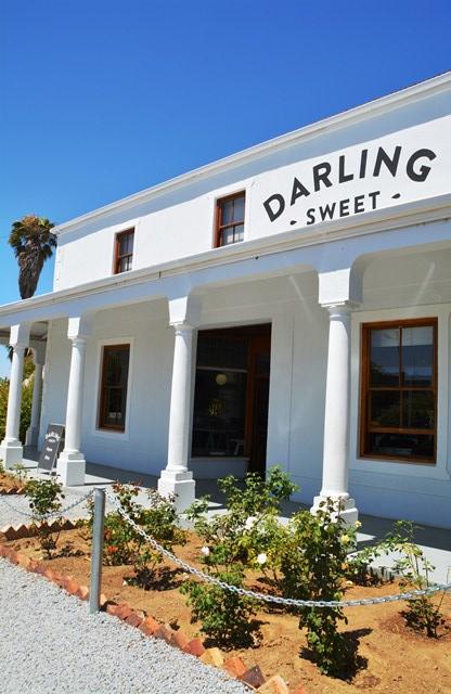 Die gebou waarin Darling Sweet nou gehuisves is, was voorheen Darling Algemene Handelaars