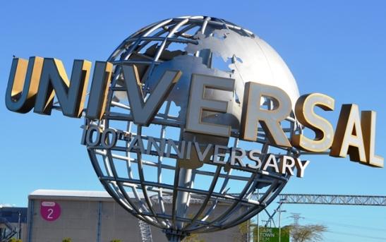 Kaapstad se filmateljees vier Universal se 100-jarige bestaan