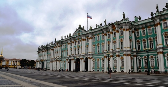 The baroque exterior of the Winter Palace