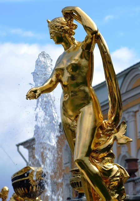 The Grand Cascade at Peterhof takes your breath away as you get off the hydrofoil to walk towards the palace