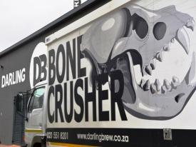 Darling Brew se Bone Crusher-bier is deur die gevlekte hiena geinspireer