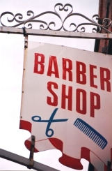 Daar's heelwat barbiere in Dublin te sien - en baie mans met kort hare