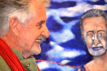 Breyten Breytenbach voor sy skildery, 'the late self passing time'