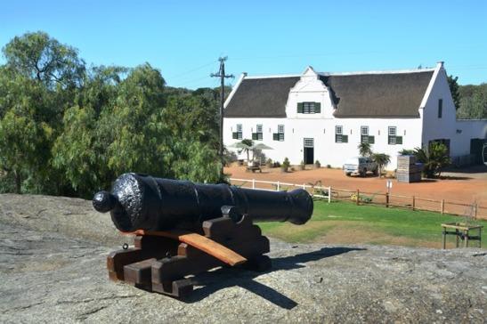 Die kanon by Groote Post buite Darling