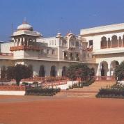 Die imposante Rambagh Paleis in Jaipoer