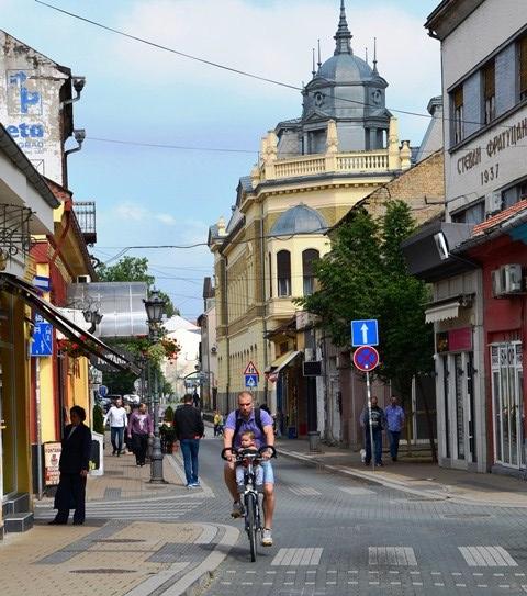 Die Ou Stad of Stari Grad van Novi Sad het 'n swetterjoel straatjies en stegies om te verken