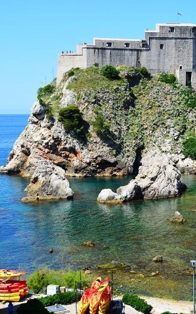In 2000 was dit nog stil in Dubrovnik; in 2017 is daar van kajakroei tot Game of Thrones-toere