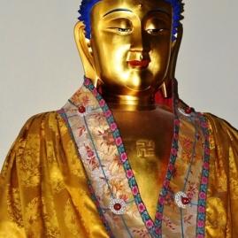 'n Aanbiddingsbeeld binne die Lama Tempel