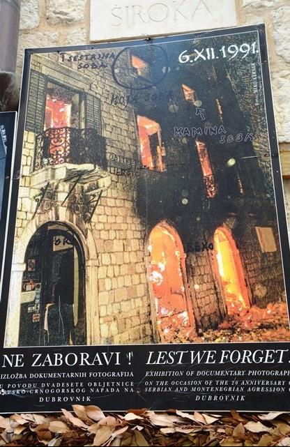 'n Dramatiese foto-uitstalling van die skade wat die aanvalle deur Serwie en Montenegro in Dubrovnik veroorsaak het