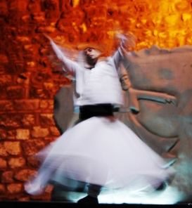'n Tollende Derwiese danser in Istanbul (Foto: Pieter Zietsman)