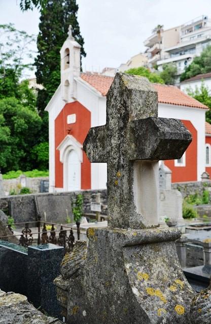 Orals in Montenegro is piepklein kerkies en kloostertjies
