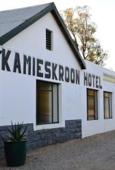 Kamieskroon Hotel is so netjies as die werf