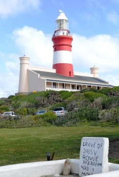 The grave of little Daisy Rowe, who died aged 7, in front of Agulhas Lighthouse