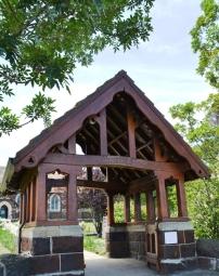 Die ingang na die St George Anglikaanse Kerk in Knysna