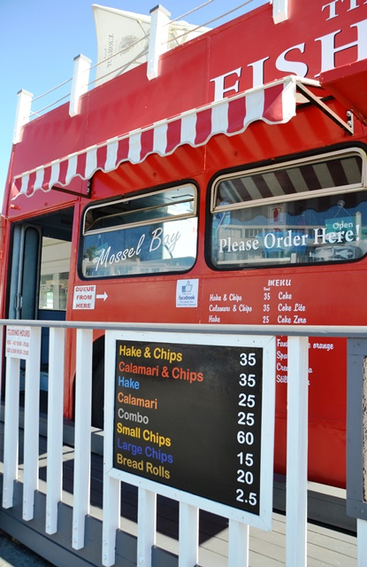 Die London Bus Fish and Chip Company verkoop ook wegneemetes