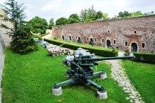 Die Militere Museum is fassinerend, maar die Martelmuseum is ontstellend