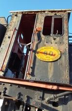 Die ou lokomotief in die middel van Joubertina roep beelde van die ou Appeltrein op
