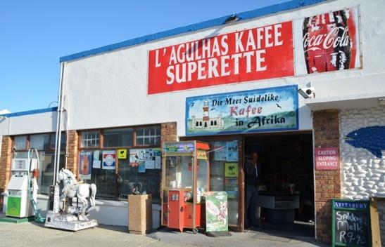 L'Agulhas Kafee Superette is inderdaad die mees suidelike kafee in Afrika
