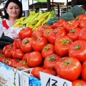 Op die Zeleni Vejac-mark word vars produkte, kombuisware en onderklere verkoop