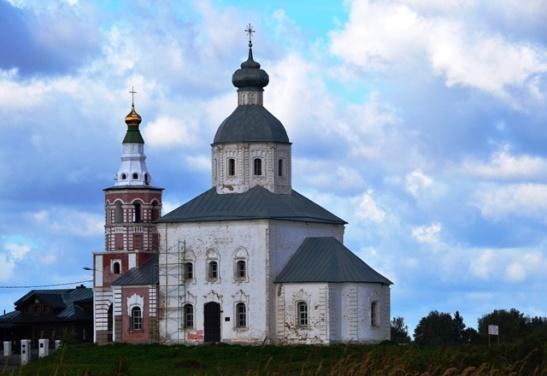 Daar is talle kerke in die klein dorpe van Suzdal te sien hoewel jy nie by almal kan ingaan nie