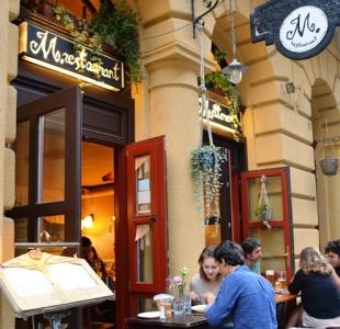 M.restaurant in Boedapest is een van die top tien restaurante van hierdie stad en definitief 'n besoek werd