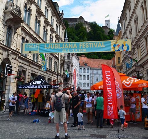 Volgens Ljubljana se toerismeraad is daar meer as 1000 kulturele byeenkomste per jaar