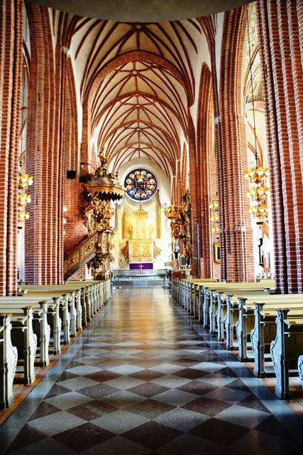 So lyk die binnekant van die Stockholm Katedraal in Gamla Stan