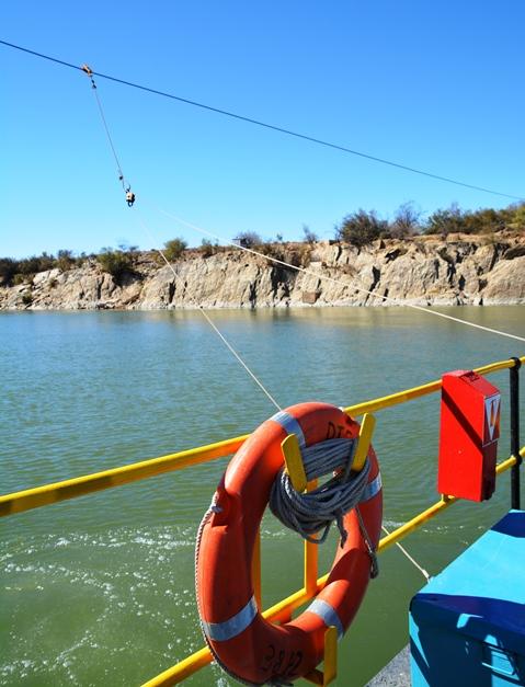 'n Blik op die Oranjerivier vanaf Sendelingsdrif se pont