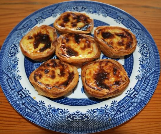 Pasteis de nata is Portugese vlatertjies waarop 'n mens dadelik jou hart, en smaakpapille, verloor