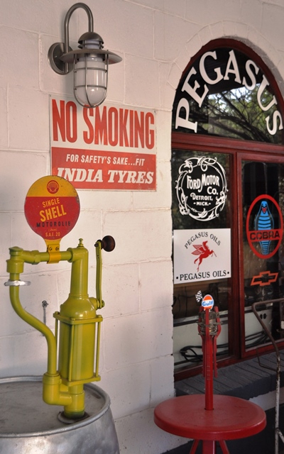 By Pegasus is dit India Tyres, Shell en Ford Motors wat onder andere herdenk word
