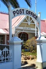 Pos 'n poskaart van Matjiesfontein by die ou poskantoor