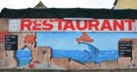 By Nemo's Restaurant in Port Nolloth eet jy vars vis en drink melkskommels